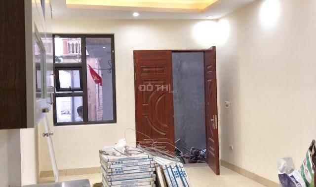Bán nhà riêng tại Phường Thạch Bàn, Long Biên, Hà Nội, diện tích 31m2, giá 2.1 tỷ