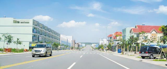 Đất nền kinh doanh KCN Mỹ Phước 3, đường NE8, giá 660 tr/nền, SH riêng. LH: 0988.163.574