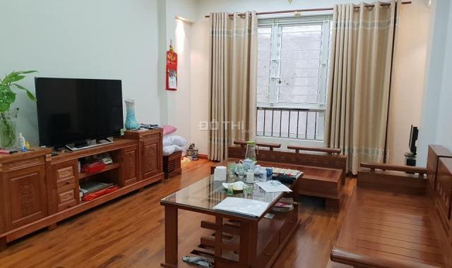 Bán nhà ở Dương Quảng Hàm, Quận Cầu Giấy, 40m2 x 4 tầng, giá 3.2 tỷ
