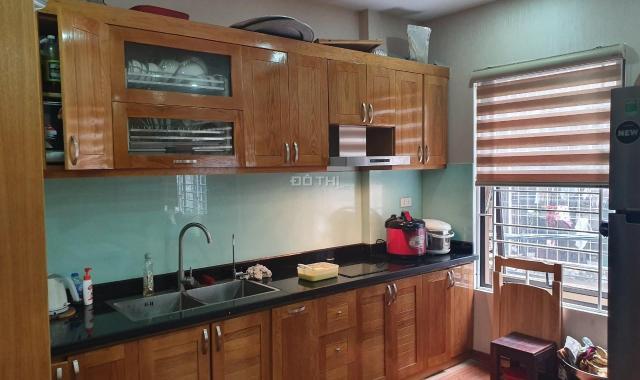 Bán căn 3 phòng ngủ, 133m2 tòa Golden Land 275 Nguyễn Trãi, Thanh Xuân, giá 24tr/m2