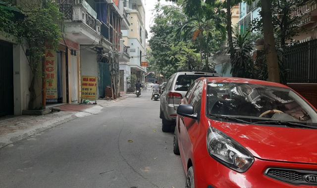 Bán nhà phố vip Nguyễn Thị Định - kinh doanh - ô tô tránh - giá chỉ: 8.4 tỷ
