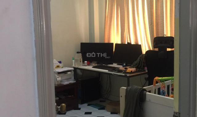 Chính chủ cho thuê căn hộ chung cư đi định cư tại đường Nguyễn Đình Chính, P. 11, full nội thất