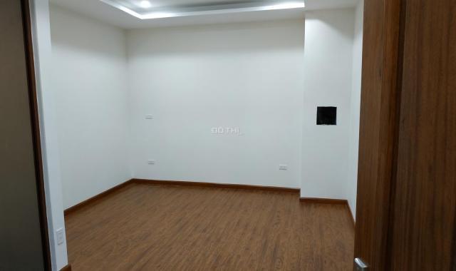 Bán chung cư Vimeco CT4 101m2, 3 PN, 2 vệ sinh, giá 35 tr/m2, có TL. LH 0989162440 để xem nhà