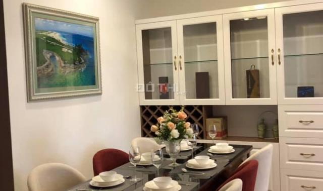 Cho thuê căn hộ 4 phòng ngủ đầy đủ full nội thất cao cấp nhập ngoại Vinhomes Metropolis giá siêu rẻ