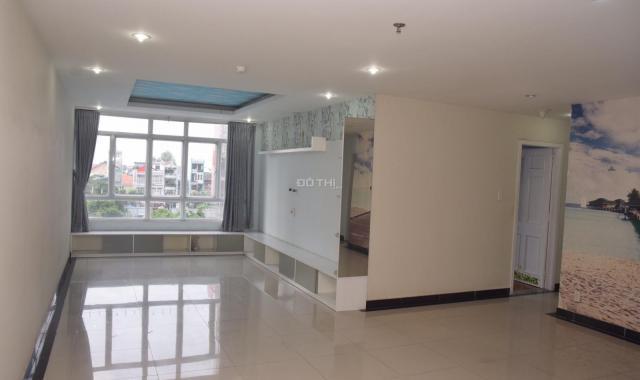 Bán căn hộ chung cư Giai Việt Q. 8, DT 150m2, 3 PN, 3.7 tỷ. LH C. Chi 0938095597