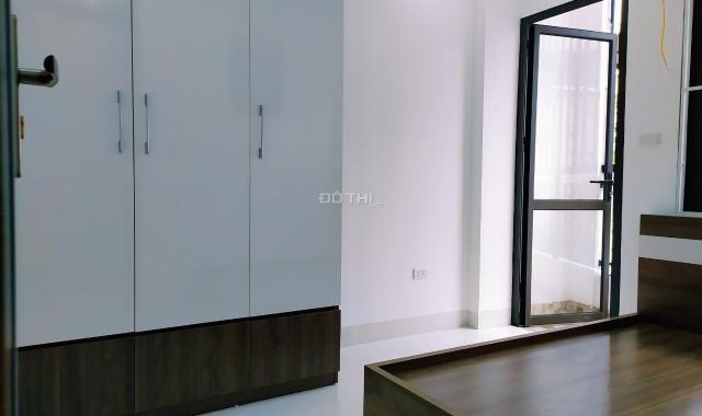 CĐT bán CC Nguyễn Khang - Yên Hòa 2PN, 45m2, giá 800tr, ở ngay, full nội thất. LH: 0961.577.011