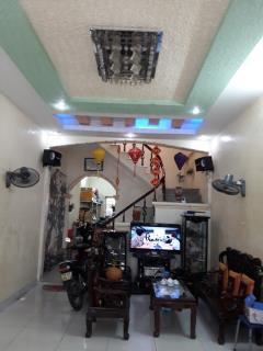 Bán nhà 3 tầng tại đường Nguyễn Bính - Khu trung tâm đông đúc - Giá hấp dẫn