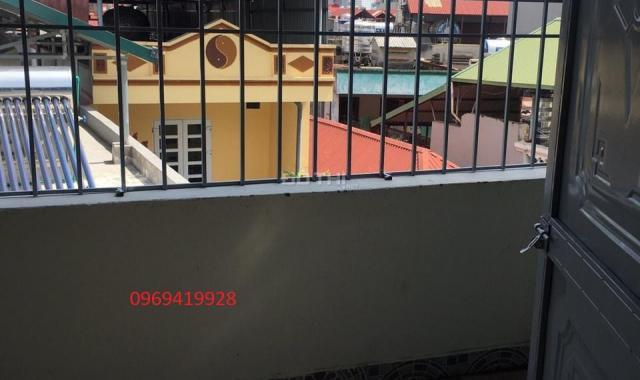 Nhà xây mới 2.39 tỷ ngõ 33 phố Vạn Phúc, ô tô đi cách 1 nhà 4 tầng (33m2-3PN), 0969419928
