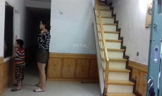 Bán nhà 2T, 1 tum, 17.63m2, Thượng Thanh, Long Biên, nhà nhỏ xinh chắc chắn, vị trí đẹp, 1.15 tỷ