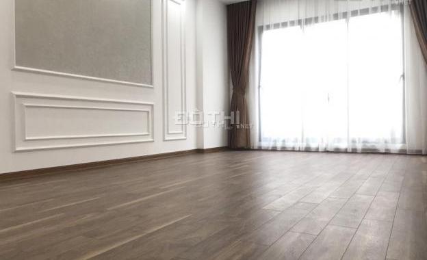 Chính chủ bán gấp nhà 6.5 tầng, DT 50m2 đường Quốc Tử Giám, Văn Miếu, Đống Đa, 9.8 tỷ, 0988133973