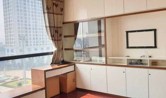 Chính chủ bán cắt lỗ 1 tỷ căn hộ tòa R4 Royal City, căn góc 2 mặt thoáng view đẹp