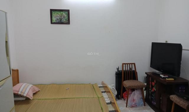 Cần bán nhà phố Vũ Thạnh, Hào Nam, DT 68m2, MT rộng 6m