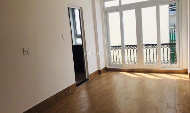 Nhà phố 2 mặt tiền khu Phan Đăng Lưu, Phường 5, Phú Nhuận, 6m x 6m, 1 trệt, 4 lầu, sân thượng