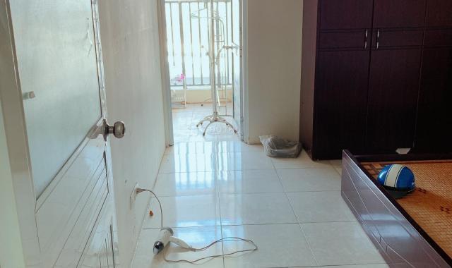 Bán chung cư chính chủ Chị Vân 0947297064, giá 1,5 tỷ, số 806, tầng 8, tòa 18 tầng