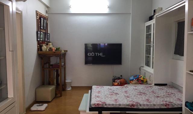 Chính chủ cần bán gấp căn hộ chung cư phố Trần Đăng Ninh, nhà đẹp vào ở luôn, căn góc 2 mặt thoáng
