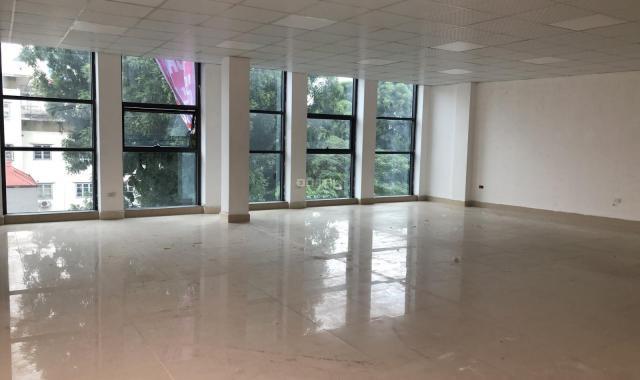 Văn phòng khu vực ngã tư Láng Hạ - Giảng Võ, mới xây 100m2, 12tr/tháng