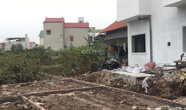 Cần bán mảnh đất sổ đỏ CC, ngay trung tâm Đông Dư, Gia Lâm. LH 0969 346 836