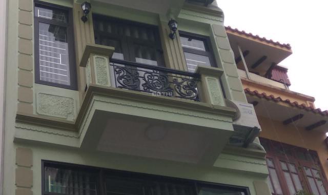 Cần thanh khoản nhanh căn nhà đẹp ngõ Gốc Đề, 35m2, 5 tầng, giá rẻ nhỉnh 3 tỷ