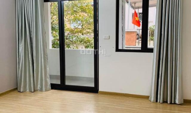 Cho thuê căn hộ chung cư cao cấp tại phố Lê Trọng Tấn, Trường Chinh, DT 40m2, 1PK, 1PN