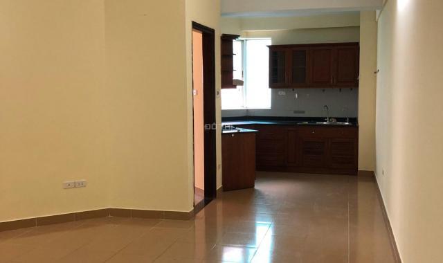 Cho thuê nhà chung cư tầng 9 căn 04, tại 198 Nguyễn Tuân, Thanh Xuân