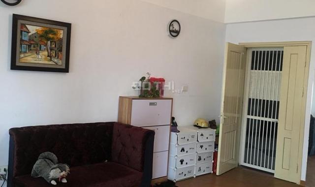 Nhà tôi cần bán căn hộ penthouse A2 CC 151 Nguyễn Đức Cảnh, 4PN 3VS, 133m2, 2,3 tỷ, LH 0903417838