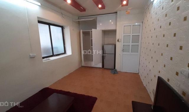Hot quá rẻ nhà Hồng Mai, 22m2, 4 tầng, ngõ rộng ô tô đỗ cách nhà 3m, giá 1,9 tỷ, LH: 0971270752