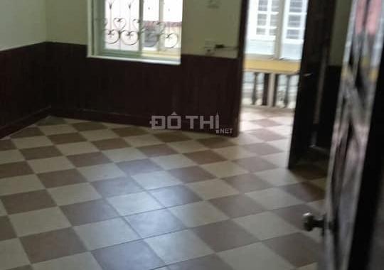 Bán nhà Hồng Mai, Hai Bà Trưng, DT 23m2 x 4T, giá 1.9 tỷ. Ô tô đỗ sát cửa nhà