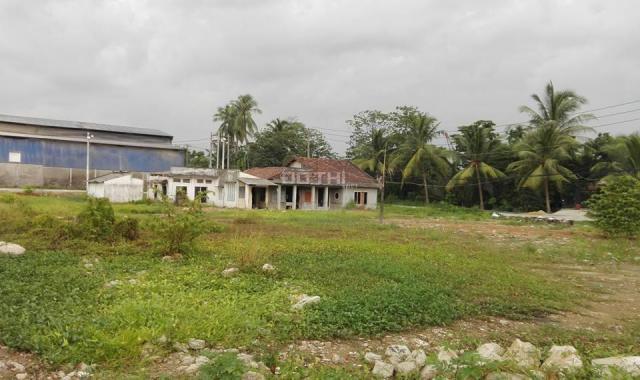 Kẹt tiền bán gấp đất có nhà nát mặt tiền Thạnh Lộc 57, q12. Đường nhựa 10m