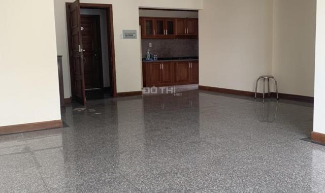 Cho thuê căn hộ Hoàng Anh Gold House, 3 phòng ngủ, nhà trống, 9tr/th - LH 0909900143
