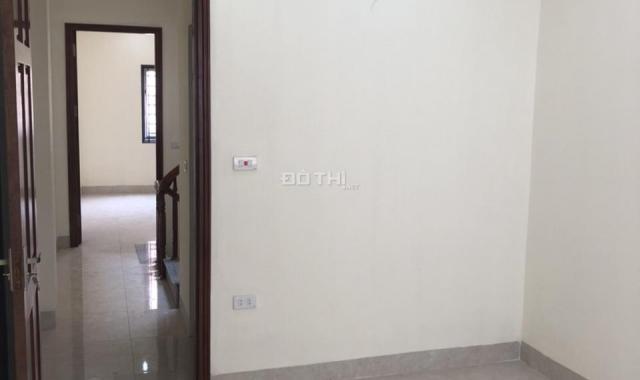 Nhà đẹp tự xây 1 căn độc lập và duy nhất (38m2*4T, 4PN) ô tô đỗ 5m, phố Nguyễn Viết Xuân, HN