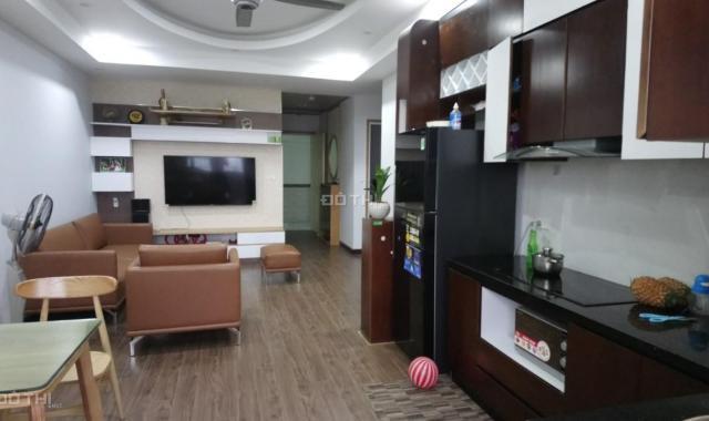 Chính chủ cần bán gấp căn hộ 72m2 HH Linh Đàm, giá 950tr. LH 0982151523