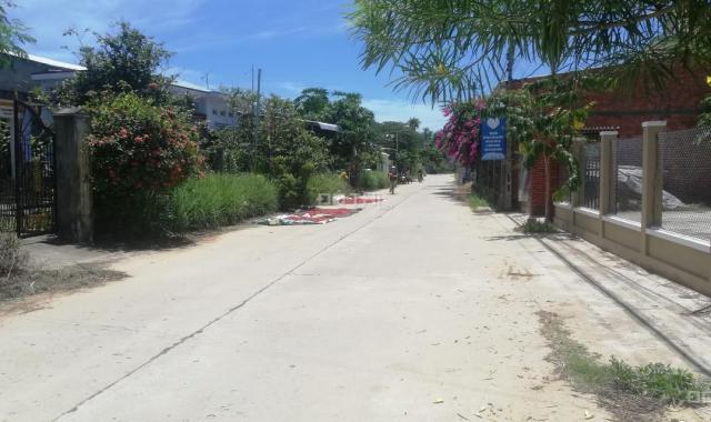 Chính chủ cần bán lô đất vườn nhà DT 110m2, giá 250tr. LH 0988677254