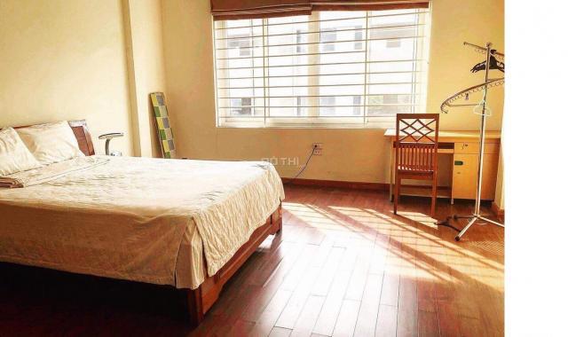Cho thuê căn hộ tầng 2 ở 647 Kim Mã, 144m2, chia 3 ngủ, ở hoặc làm văn phòng