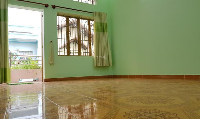 Nhà nguyên căn mới, 1 trệt 1 lầu 2 phòng ngủ 2 WC, phù hợp ở và làm VP