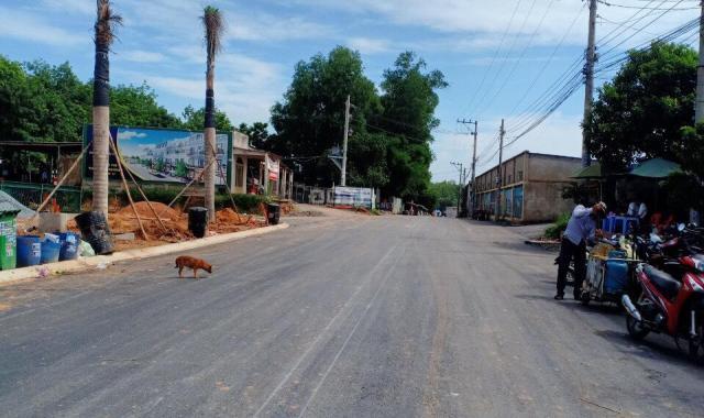 Bán đất mặt tiền đường Tân Hiệp 17 chỉ 700 triệu