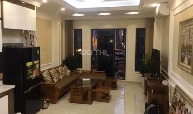 Bán nhà mặt phố Hoè Nhai - Ba Đình - Lô Góc - Vỉa hè Kinh Doanh, 49m2*2 tầng. Giá 17.8 tỷ