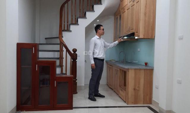 Cần bán gấp nhà Yên Phúc, Hà Đông, cách đường ô tô 50m, giá 1.85 tỷ, 0889573386