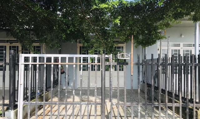 Cho thuê nhà cấp 4 phường Hiệp Thành DTSD 60m2 mới chỉ 3,5 triệu/tháng. Có 2 PN, sân xe hơi