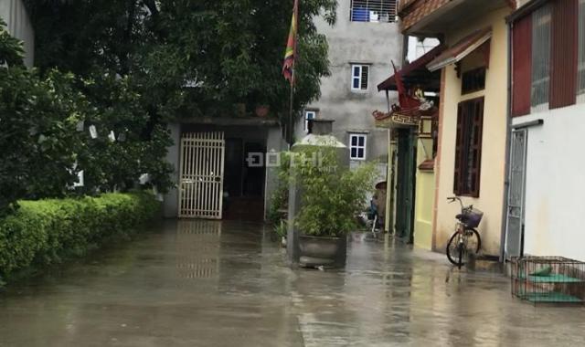 Bán mảnh đất 134 m2 giá nhỉnh 10 tr/m2 tại xã Quất Động - Thường Tín - vị trí đẹp - ô tô đỗ cửa