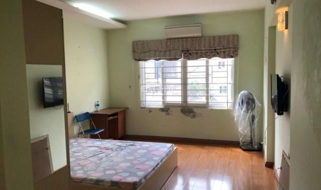 Cho thuê nhà 5 tầng ngõ 66 Ngọc Thụy, Long Biên, 30m2/sàn, giá: 8 triệu/tháng. Lh: 0984.373.362