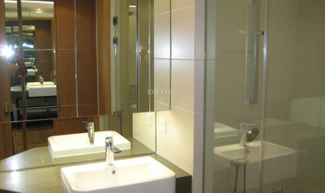 Cho thuê căn hộ 2PN, full đồ, tầng cao tại tháp Đông, tòa nhà IPH, 17.4 tr/th. LH: 0904481319