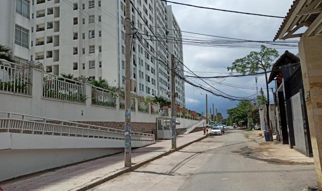 Cần bán chung cư 2PN 2WC, full nội thất cao cấp tại 4S Linh Đông Riverside, giá 2 tỷ