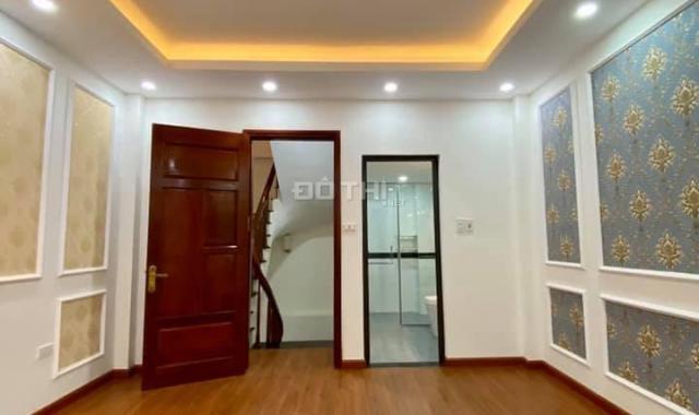 Bán gấp nhà Dương Quảng Hàm, Phường 6, Gò Vấp, HXH, 70m2 4 tầng mt 6m, giá 7,4 tỷ, Lh 0939577288
