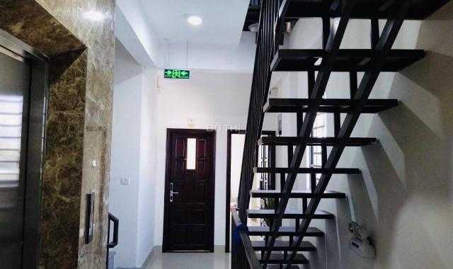 Cho thuê căn hộ full nội thất đường Huy Cận chỉ 5,5tr/tháng, phòng rộng cửa sổ thoáng, có thang máy