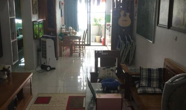 Bán nhanh căn hộ 2 phòng ngủ, DT 65m2 chung cư HH3B Linh Đàm view hồ cực đẹp