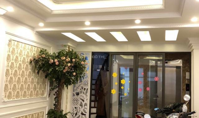 Hot bán nhà lô góc Láng Hạ 50m2 * 5 tầng, giá 7.5 tỷ