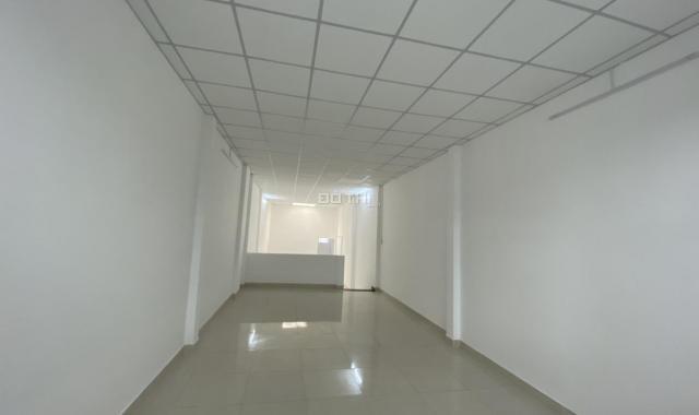 Cho thuê nhà mặt tiền đẹp Trần Quang Khải, Quận 1. Giá 63 triệu/tháng