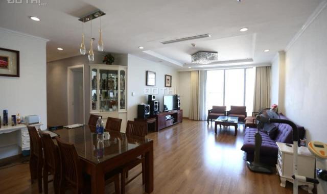 Bán căn góc 3 phòng ngủ Vinhomes Nguyễn Chí Thanh, DT 137m2, tầng 21
