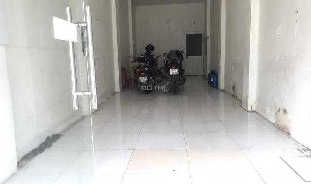 Cho thuê mặt bằng 3,5x12m, mặt tiền 217 đường Đinh Tiên Hoàng, Phường Tân Định, Quận 1