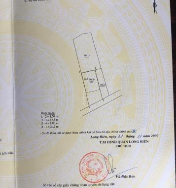 Bán nhà đẹp 3 tầng đường Hồng Tiến, Long Biên. Mặt tiền 8,5m, cách đường 20m, ô tô vào nhà